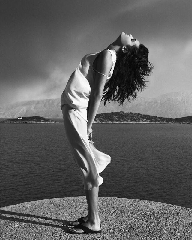Талли Дженсен, Корфу, Греция, 1987. Фотограф Альберт Уотсон