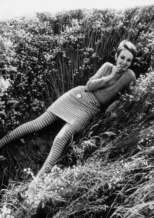 Грэйс Коддингтон, British Vogue, 1966. Фотограф Эжен Вернье