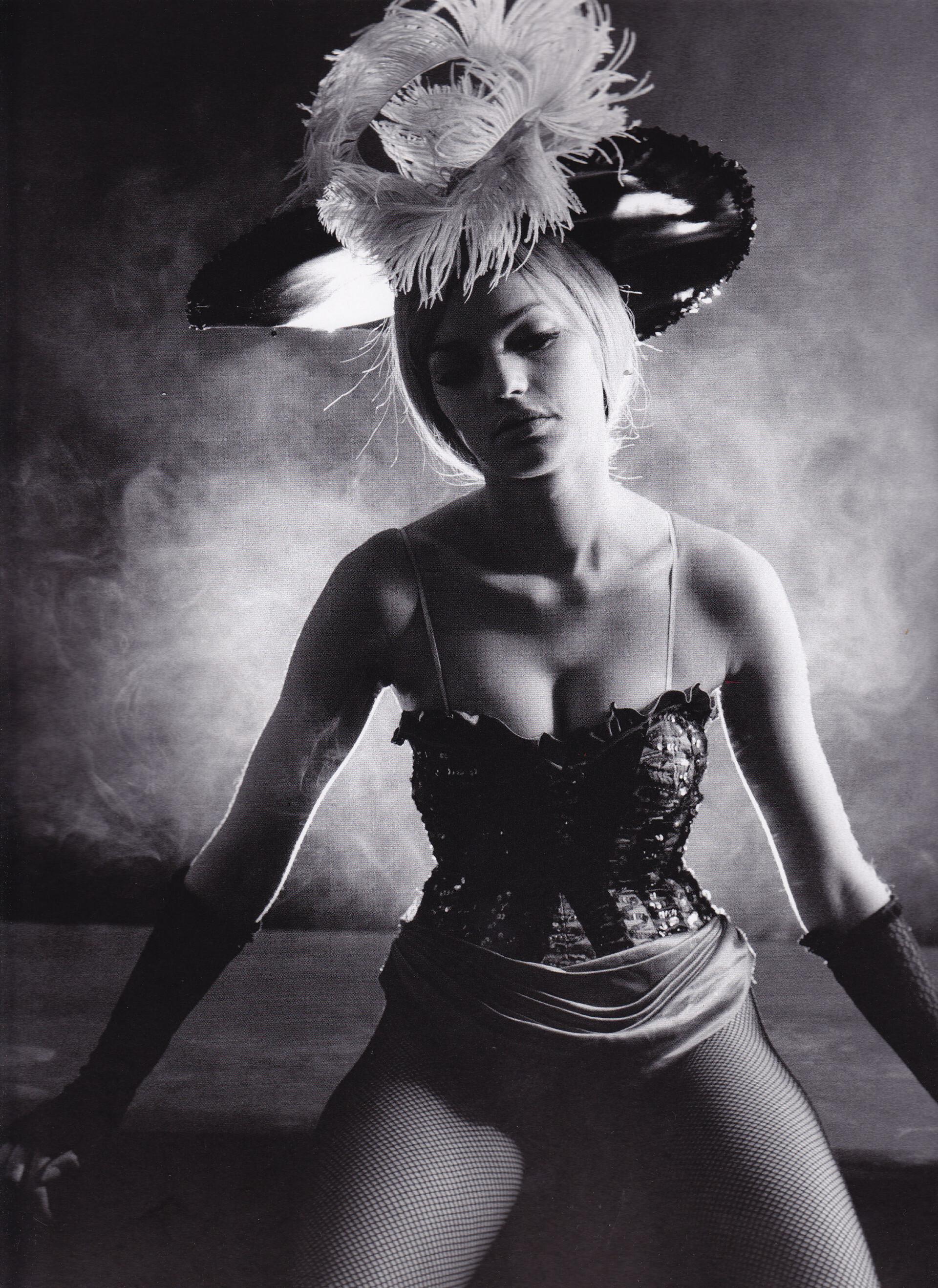 Танцовщица. Фотограф Сэм Хаскинс