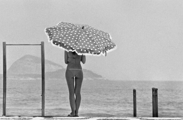 В тени, Леблон, 1991. Фотограф Эвандро Тейшейра