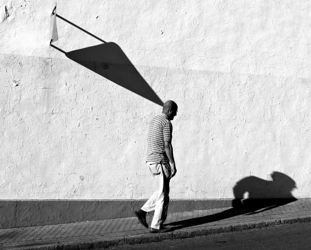 Тень. Фотограф Антонио Э. Охеда