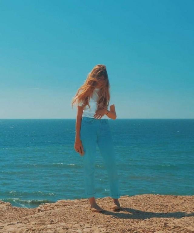 «Прозрачная девушка». Озеро Басс, Калифорния. Фотограф Август Остберг