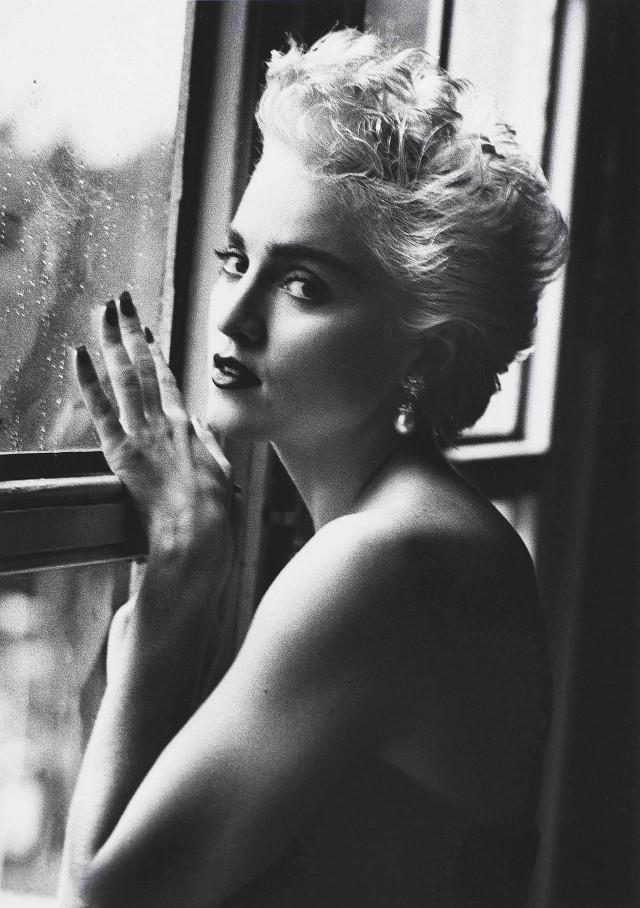Мадонна у окна, Нью-Йорк, 1986. Фотограф Герб Ритц