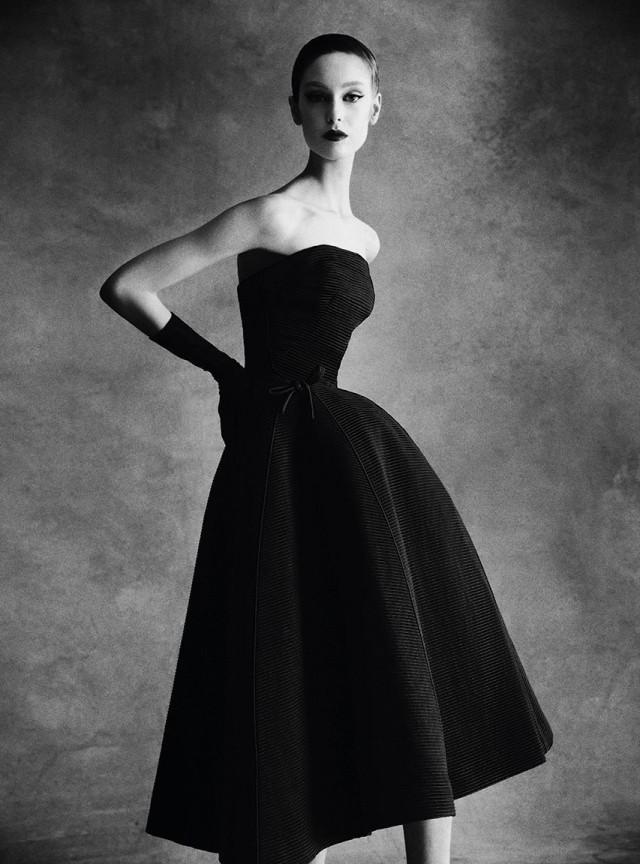 Платье Christian Dior. Автор Патрик Демаршелье