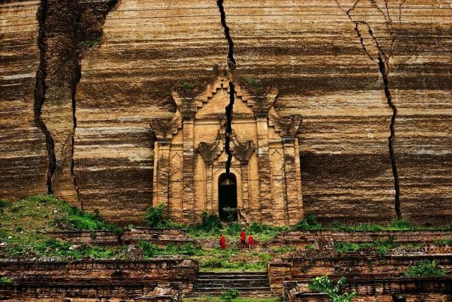 Мандалай, Мьянма, 1994. Автор Стив Маккарри