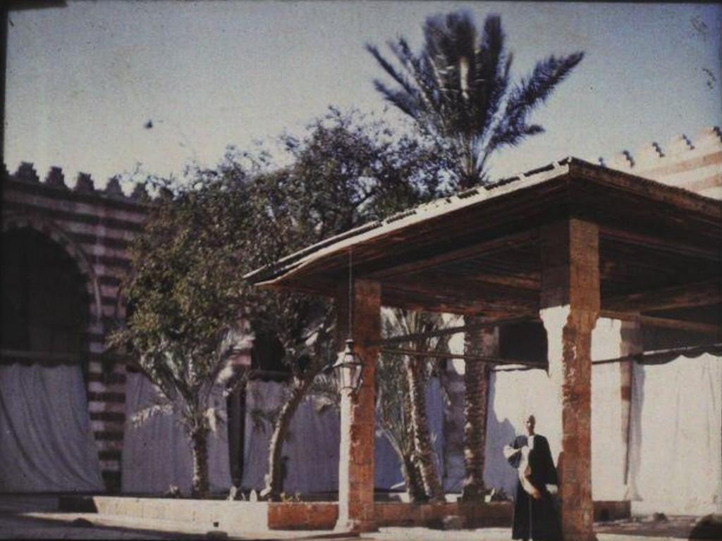 «Голубая мечеть Каира», 1914. Автохром, фотограф Хелен Мессингер Мердок