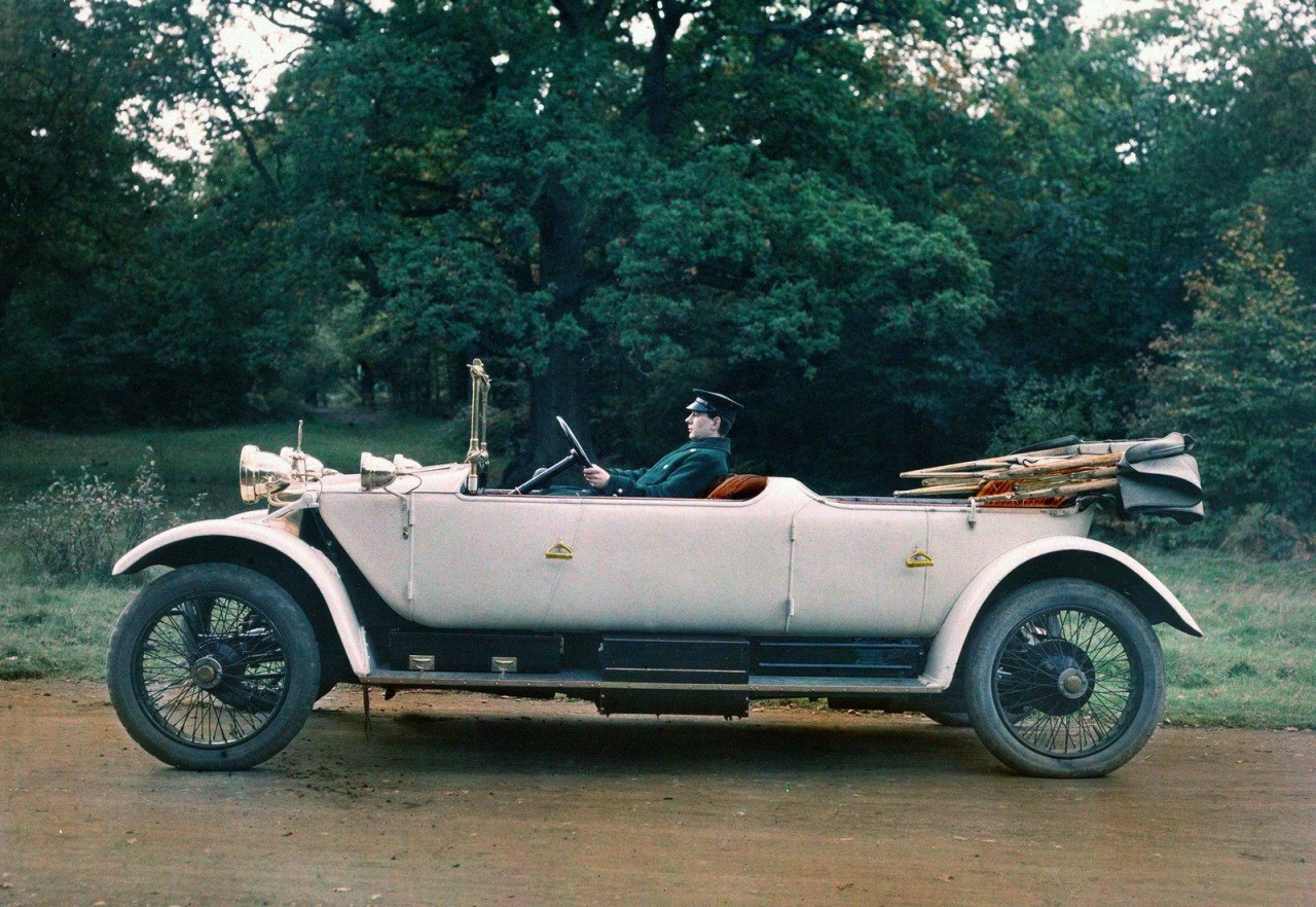 Автомобиль производства Lanchester Motor Company, автохром, 1913