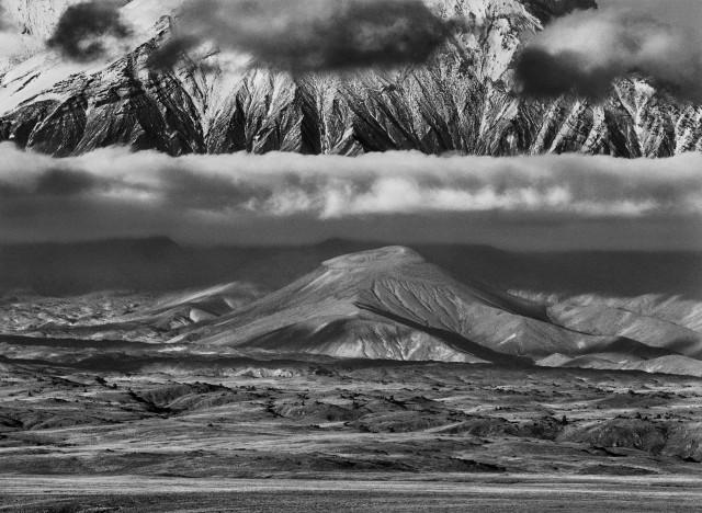 Долина, простирающаяся между вулканами Толбачик и Камень, Россия, 2006. Автор Себастьян Сальгадо