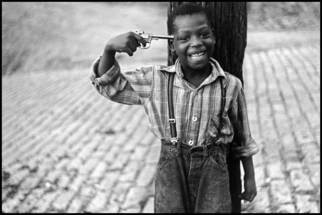 Питтсбург, Пенсильвания, 1950. Автор Эллиотт Эрвитт