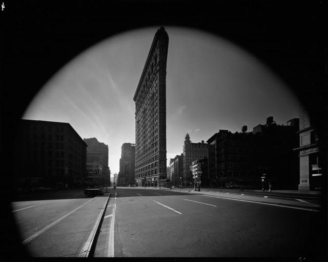 Флэтайрон-билдинг, Нью-Йорк, США, 1969. Автор Эллиотт Эрвитт