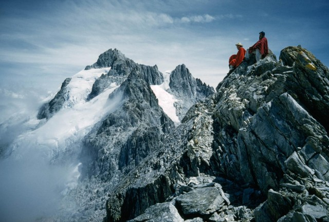 Альпинисты на Пико Эспехо перед началом похода на высочайшую вершину Венесуэлы Пико Боливар, 1963. Фотограф Томас Дж. Аберкромби