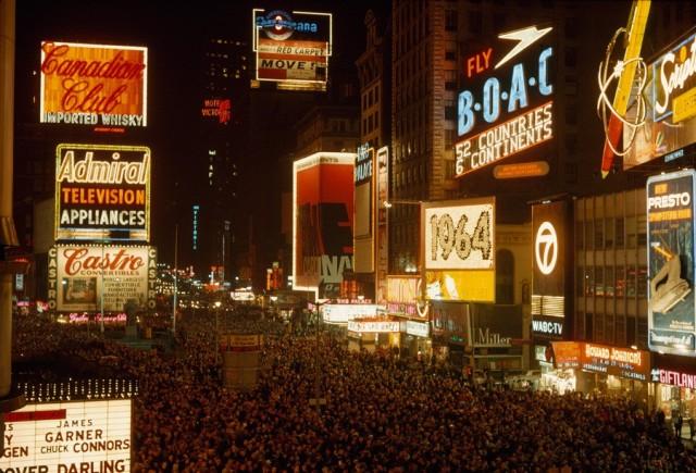 Бродвей в январе 1964 года. Фотограф Джордж Ф. Мобли