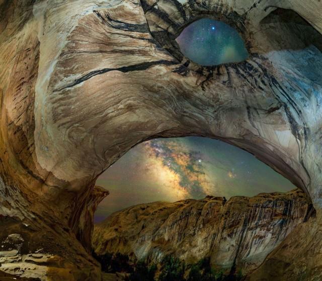 Млечный Путь над пустыней в штате Юта. Автор Бриони Ричардс