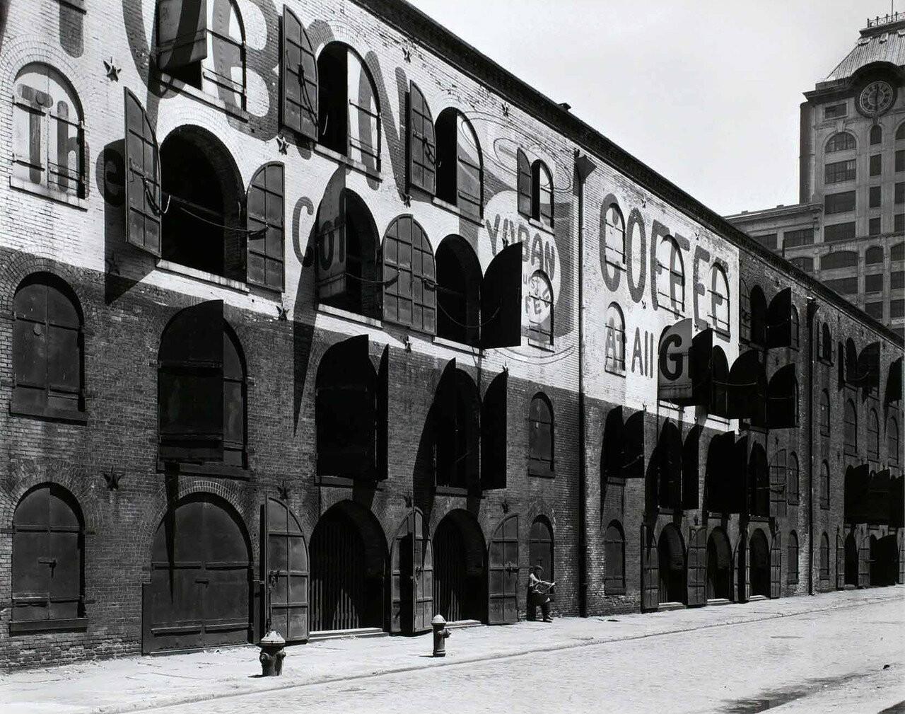 Склад Уотер энд Док-стрит, Бруклин, 22 мая 1936. Автор Беренис Эббот