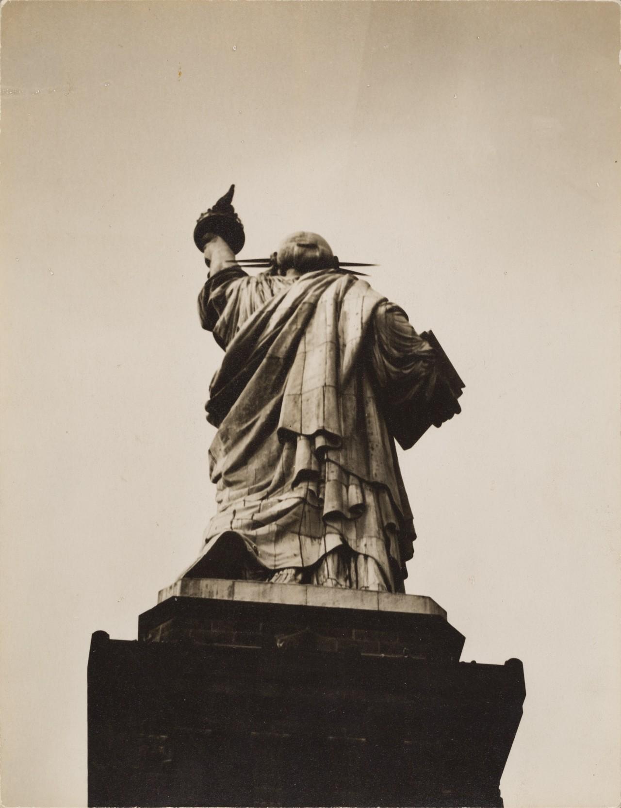 Статуя Свободы, 1932. Автор Беренис Эббот