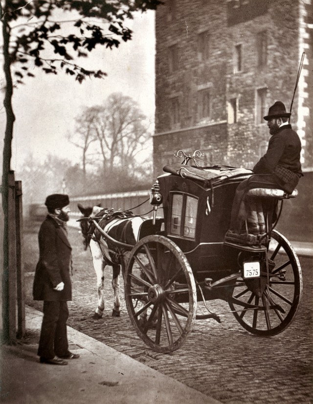 Лондонский кэбмен, 1877. Автор Джон Томпсон