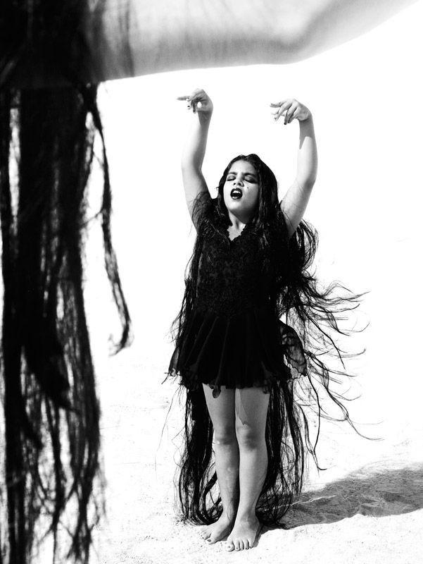 Женщины фламенко. Из книги «Mil Besos». Автор Рувен Афанадор (28)