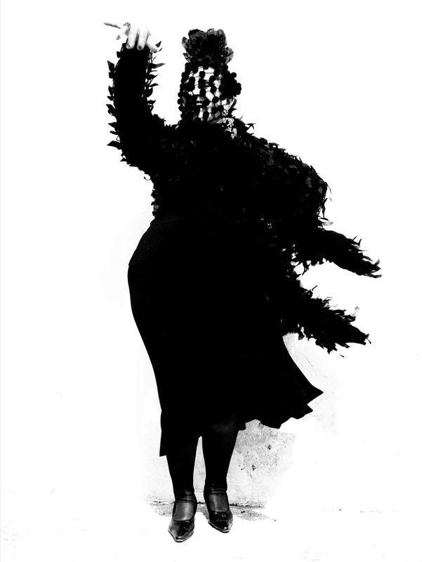 Женщины фламенко. Из книги «Mil Besos». Автор Рувен Афанадор (31)