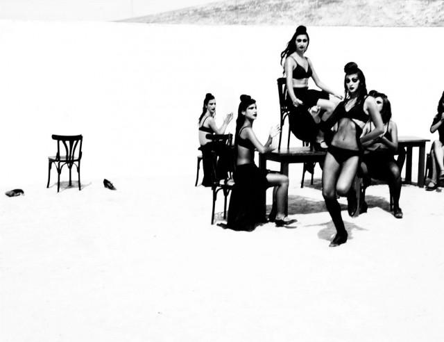 Женщины фламенко. Из книги «Mil Besos». Автор Рувен Афанадор (5)