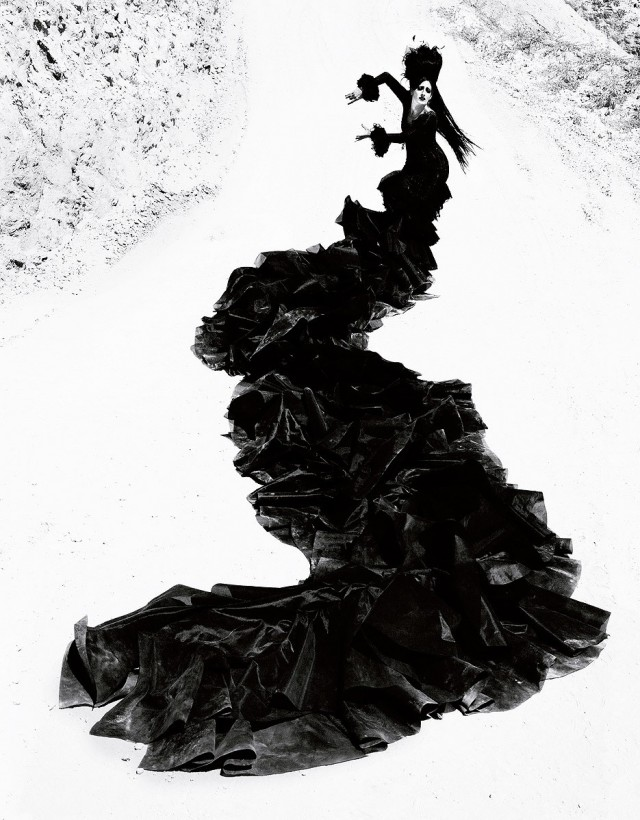 Женщины фламенко. Из книги «Mil Besos». Автор Рувен Афанадор (7)