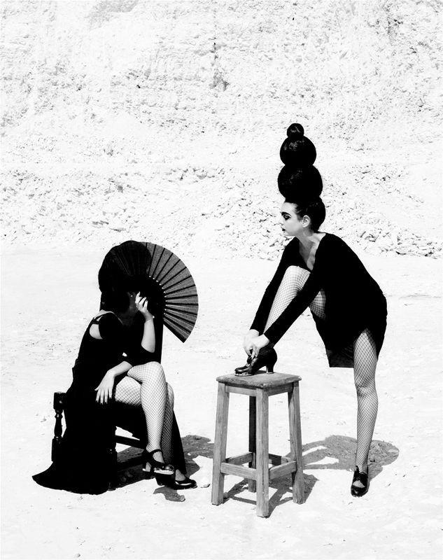 Женщины фламенко. Из книги «Mil Besos». Автор Рувен Афанадор (8)