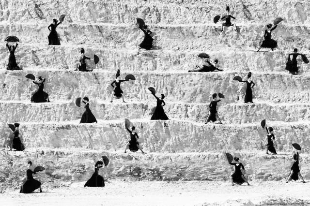 Танцевальная студия Алисии Маркес. Из книги «Mil Besos». Автор Рувен Афанадор
