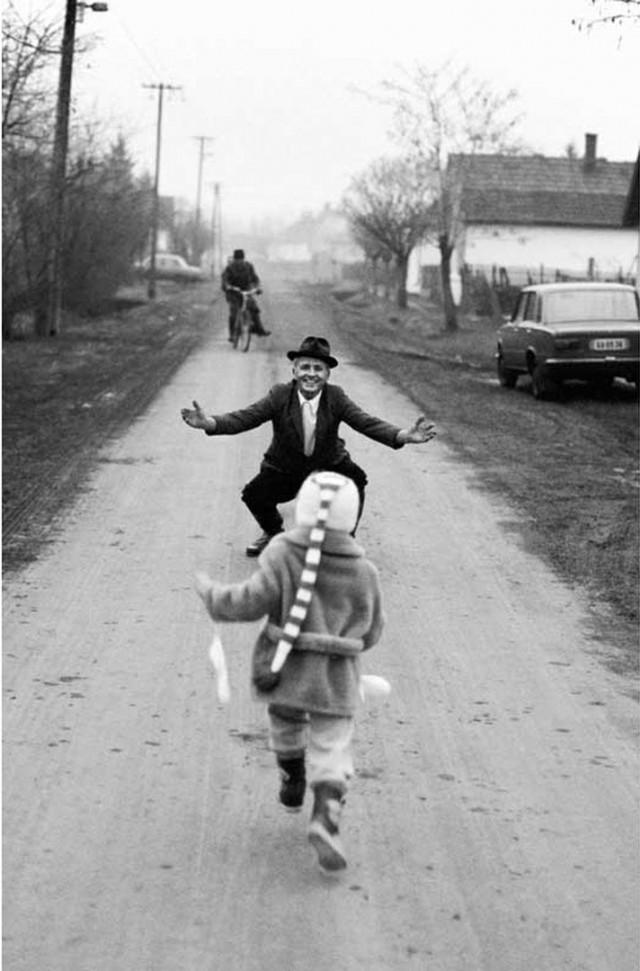 Внук приехал, 1985. Фотограф Петер Корниш