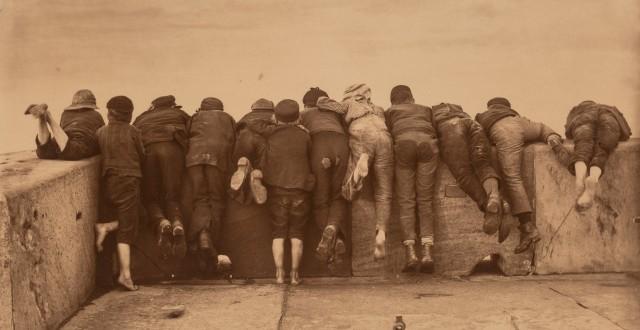 Волнение, 1888. Фотограф Фрэнк Мидоу Сатклиф