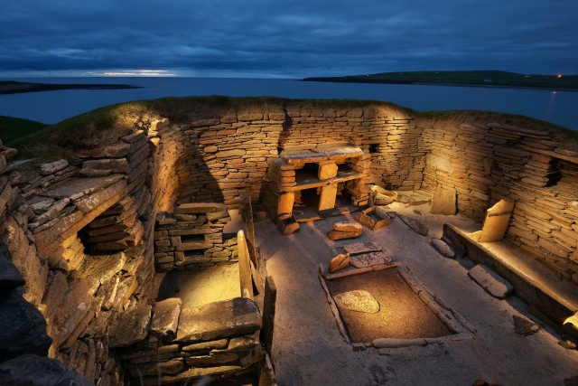 Скара-Брей – наиболее хорошо сохранившееся европейское поселение эпохи неолита. Остров Мейнленд, Шотландия. Фотограф Джим Ричардсон