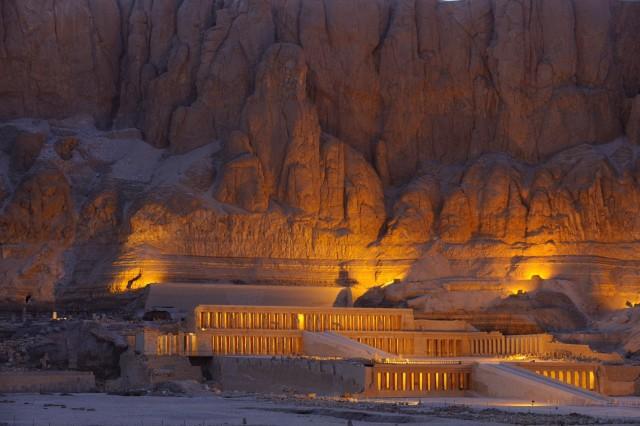 Храм Хатшепсут в Дейр-эль-Бахри («Священный священных»), Египет. Фотограф Кеннет Гаррет