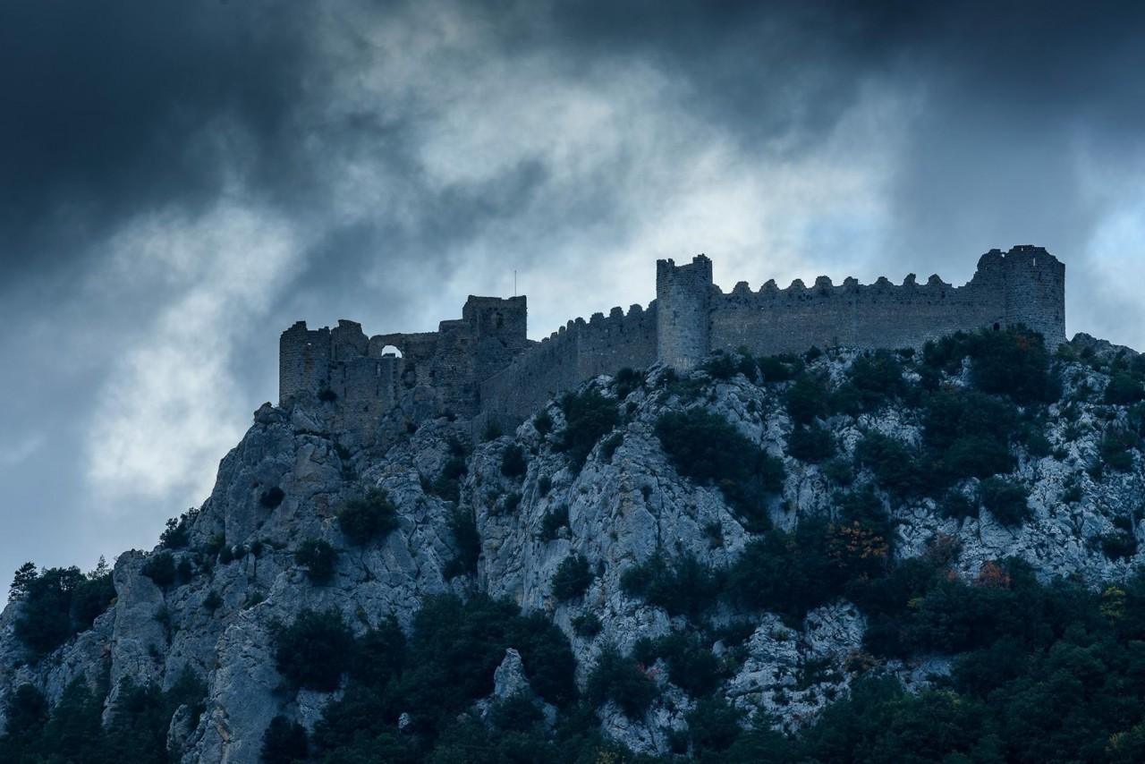 Замок Пюилоран – королевская крепость катаров. Лапрадель-Пюилоран, Од, Франция. Фотограф Хартмут Криниц