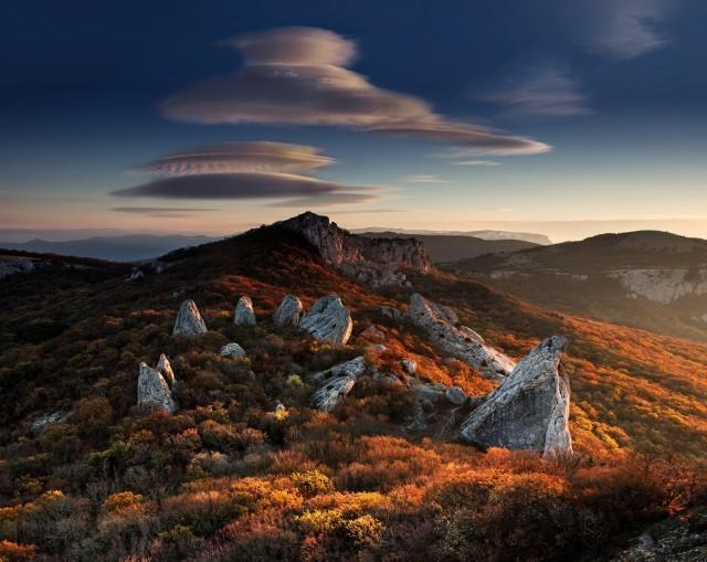 Храм Солнца – крымский «стоунхендж», самое популярное мифическое место силы в Крыму. Фотограф Алексей Сулоев