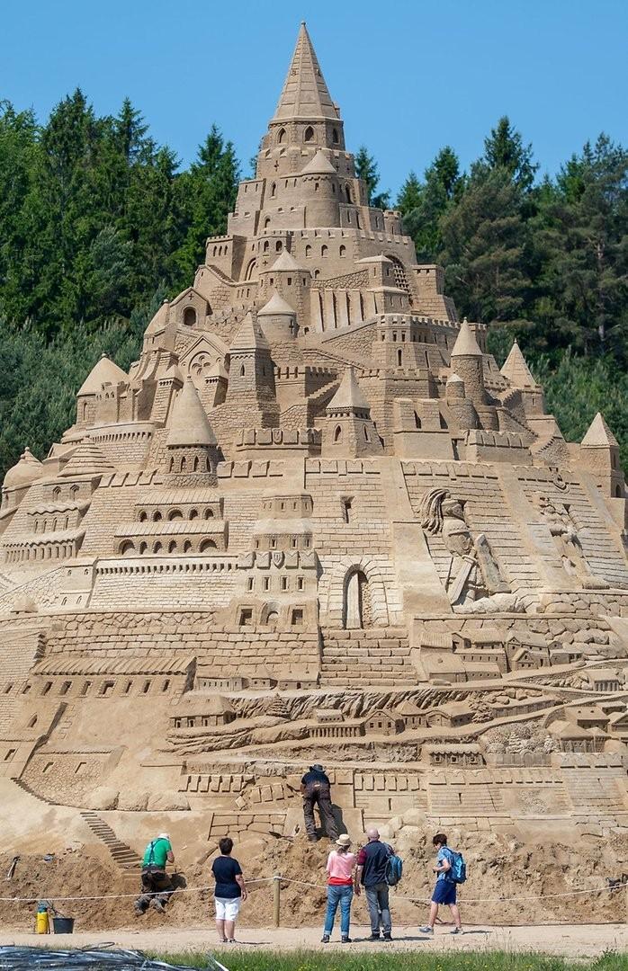Самый высокий в мире замок из песка, Германия