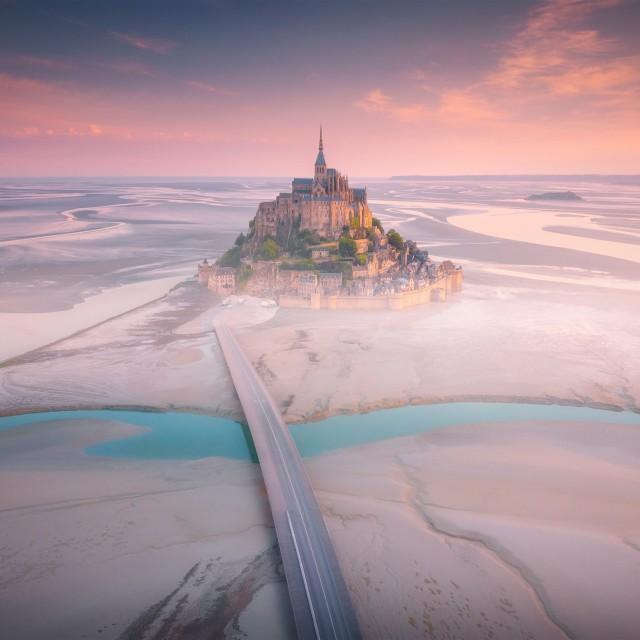 Крепость Мон-Сен-Мишель, Франция