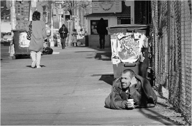 Утро на улице Буэри, Нью-Йорк, 1988. Фотограф Мэтт Вебер
