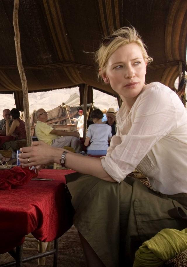Кейт Бланшетт на съёмках фильма «Вавилон», 2006