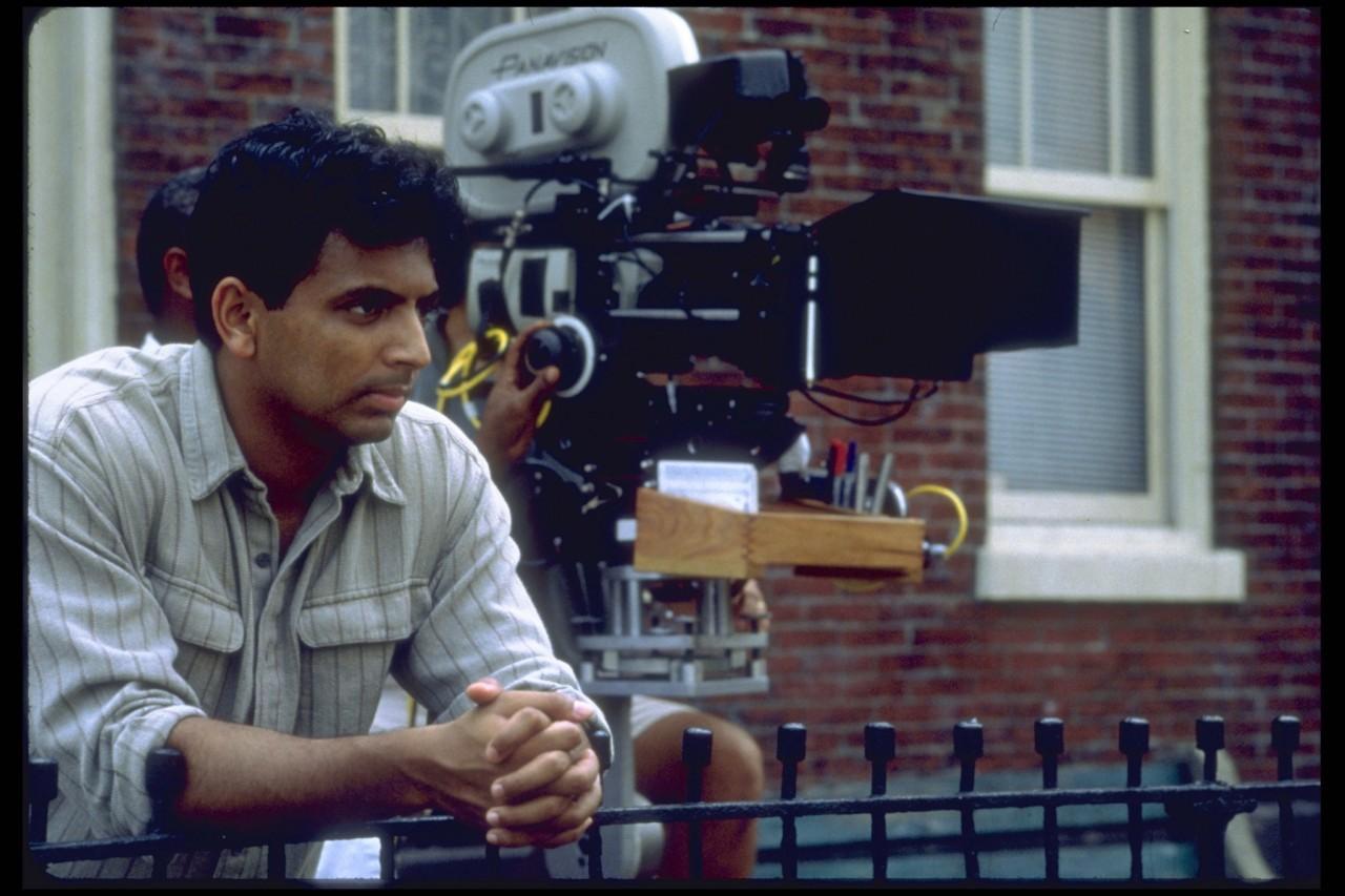 М. Найт Шьямалан на съёмках фильма «Шестое чувство», 1999