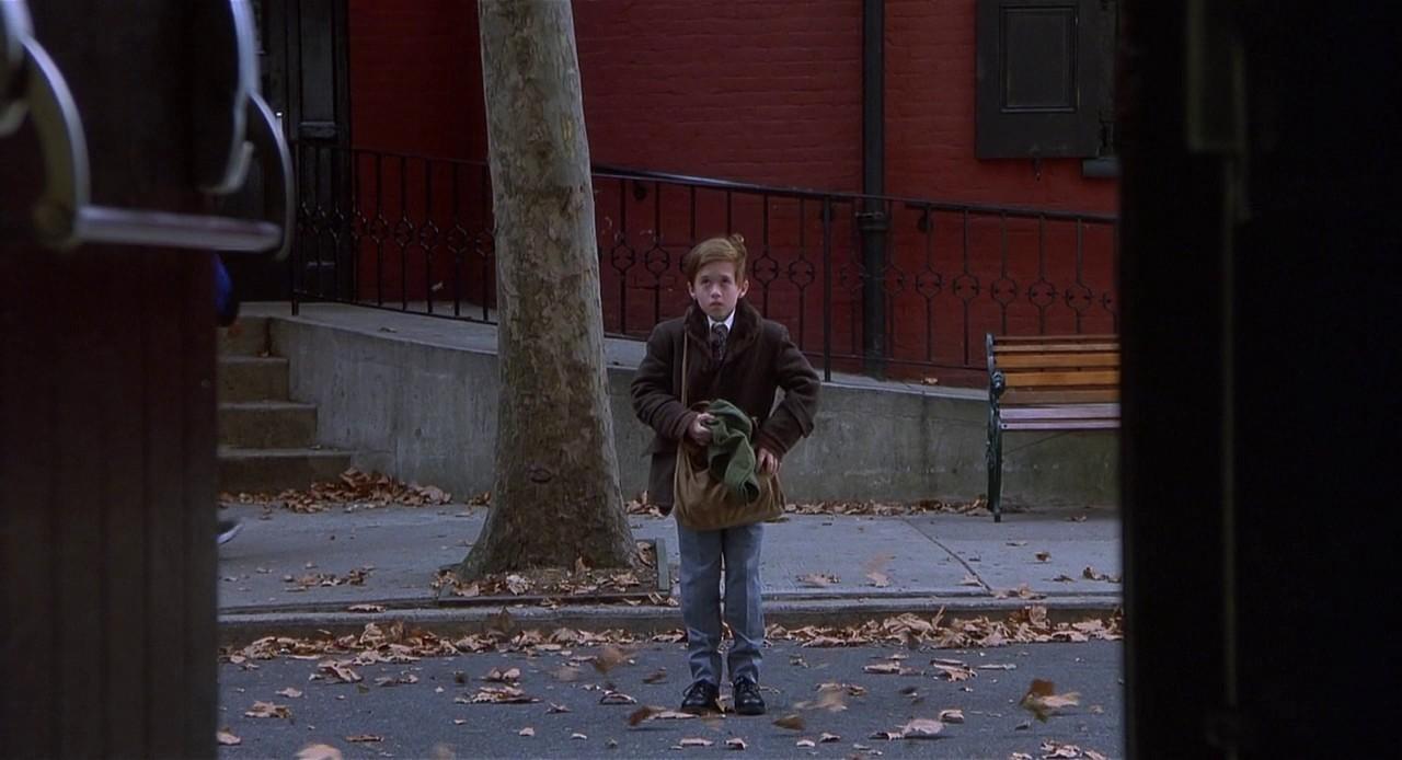 Хэйли Джоэл Осмент на съёмках «Шестого чувства», 1999