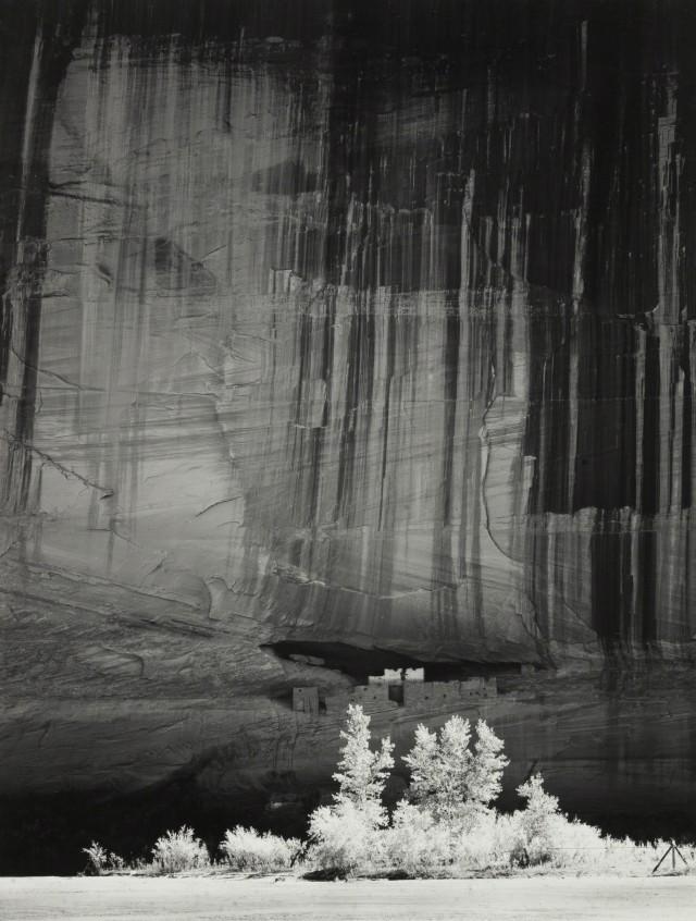Руины Белого дома, каньон де Шелли, 1949. Фотограф Энсел Адамс