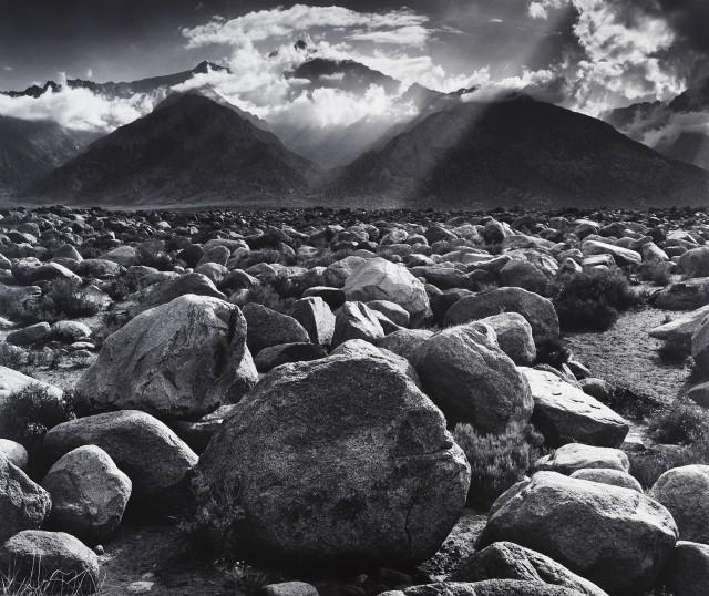 Гора Уильямсон из Мансанара, 1944. Фотограф Энсел Адамс