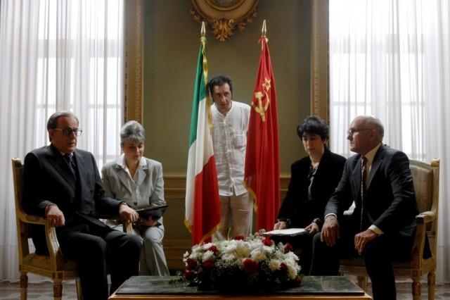 Тони Сервилло и Паоло Соррентино на съёмках «Изумительного», 2008