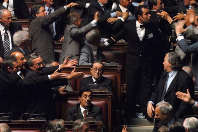 Тони Сервилло. Кадр из фильма «Изумительный», 2008
