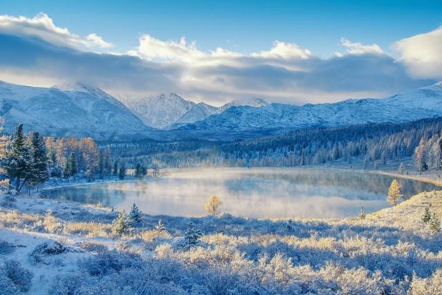 Свежий снег, Алтай. Фотограф Светлана Казина