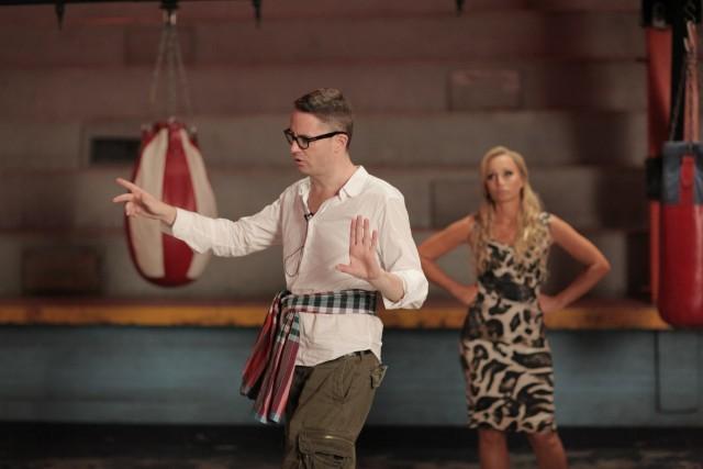 Кристин Скотт Томас и Николас Виндинг Рефн на съёмках фильма «Только Бог простит», 2013
