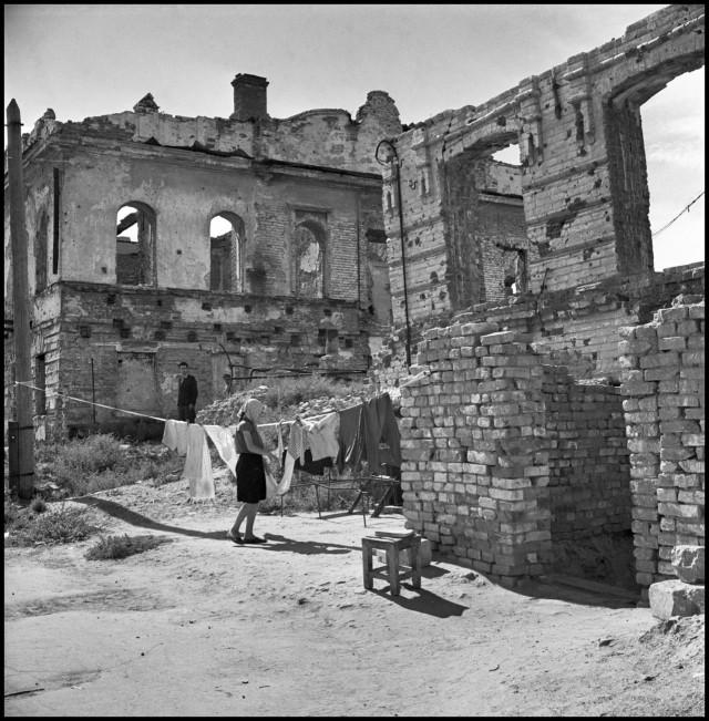 Сталинград, СССР, 1947. Фотограф Роберт Капа