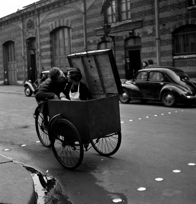 Париж, 1950. Фотограф Робер Дуано