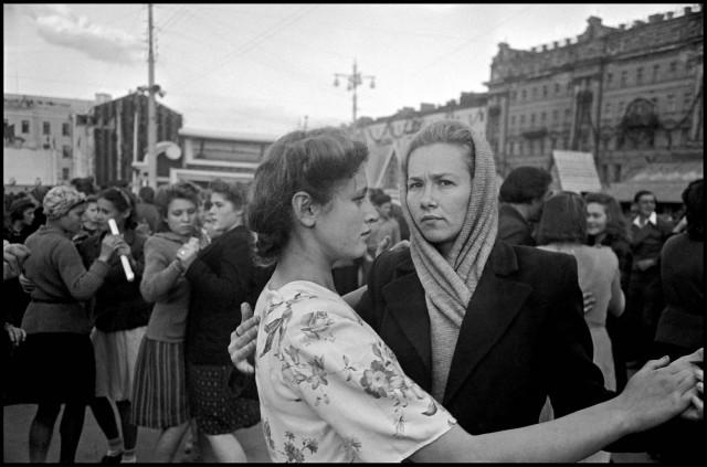 Москва, СССР, 1947. Фотограф Роберт Капа