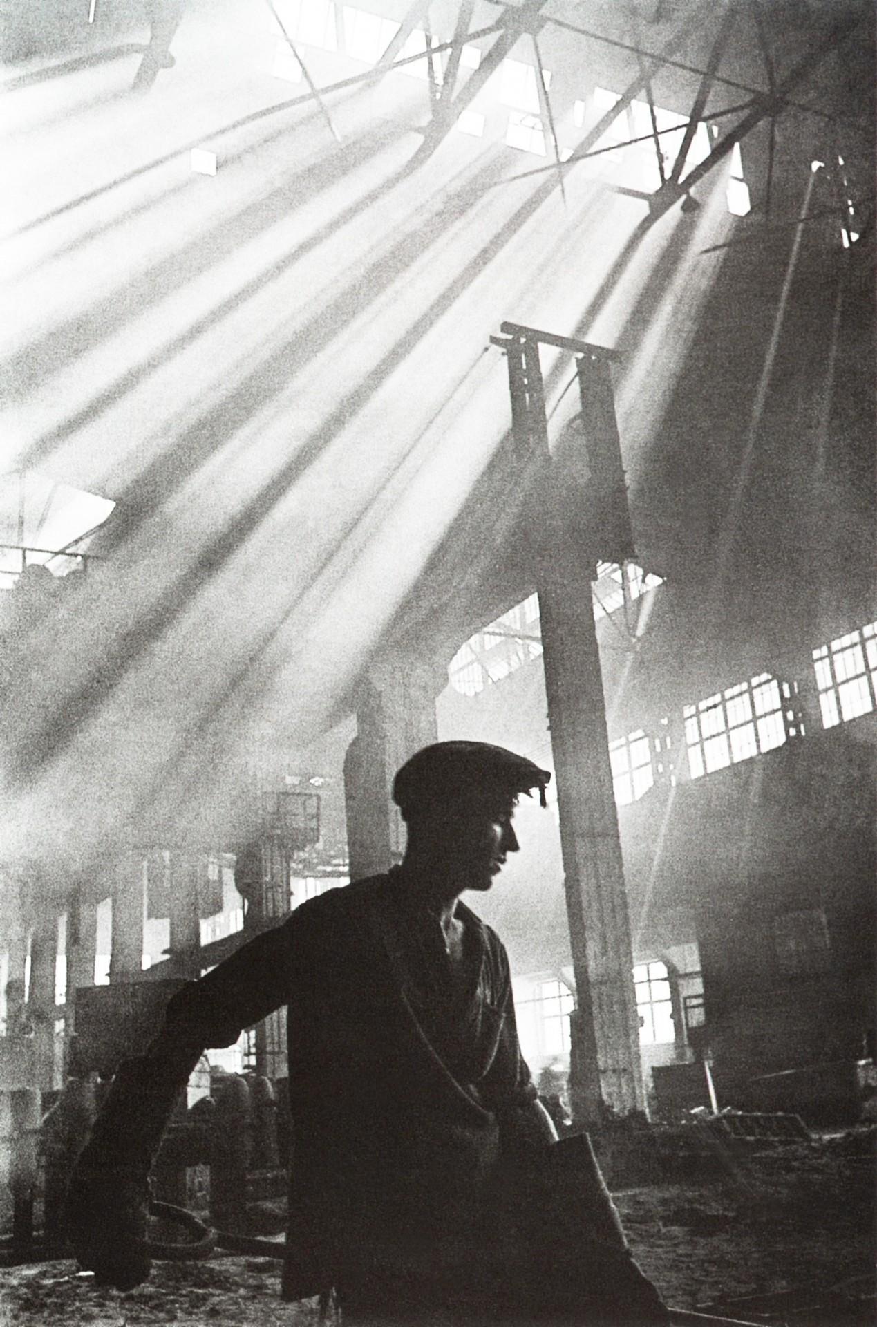 Сталевар, 1930-е. Фотограф Иван Шагин