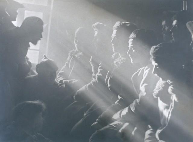 Встреча в колхозе, 1929. Фотограф Григорий Зельма