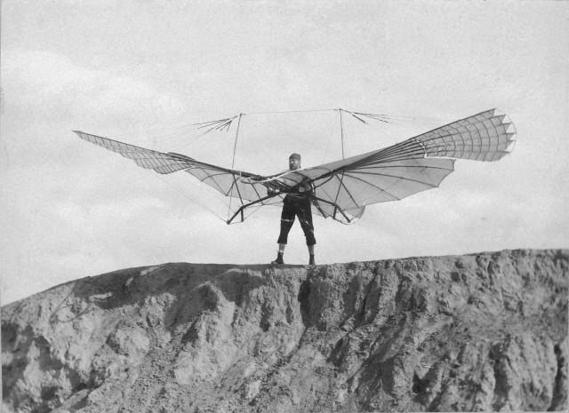 Безумство храбрых: мечта о небе в фотографиях первых романтиков авиации